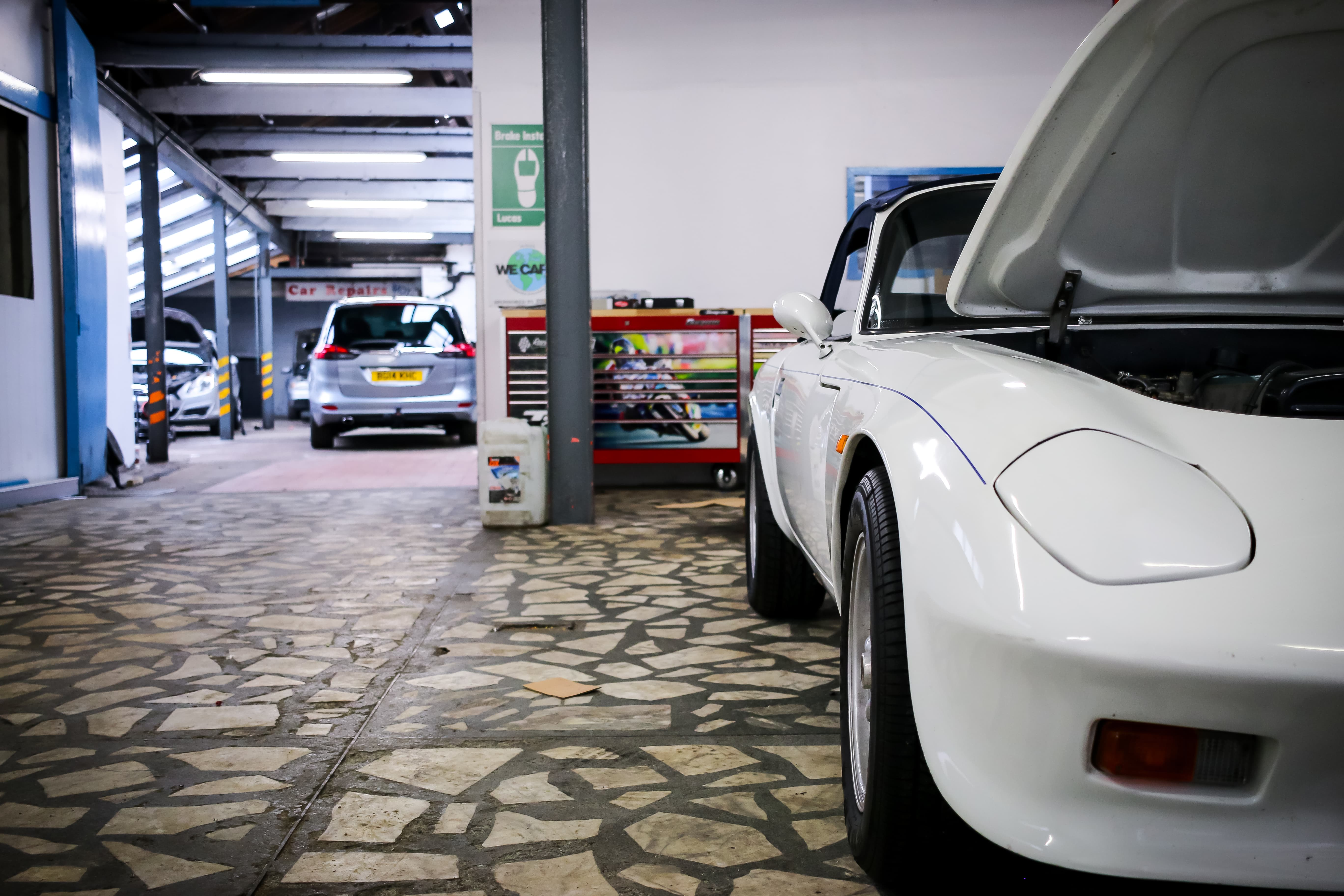 Car service garages in london who can fix my car solutioingenieria Choice Image